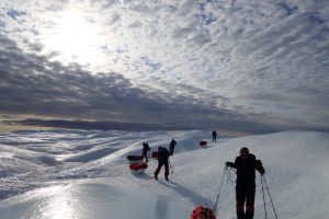 De første skrittene på isen
