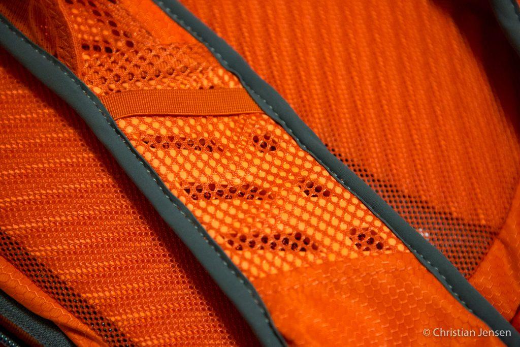Osprey Viper 9 ventilasjon i skulderrem